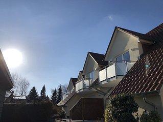 Ferienwohnung - 80 qm - Südbalkon - 2 Etagen - Neubau 2012 - Parkplatz - Whg 6