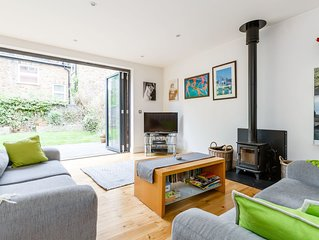 Spacious 2 bed family home in Kilburn with garden