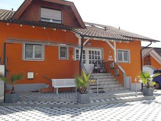 Ferienwohnung Haus Elvira nur ca. 5 Gehminuten vom Europa Park entfernt