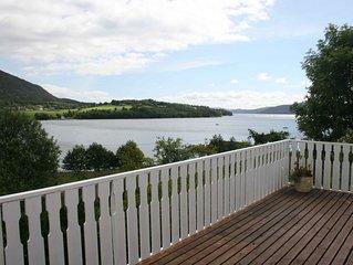 Attraktiv gelegenes gemütliches Ferienhaus am Fjord