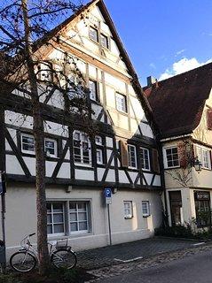 NEU: Edle Wohnung in der Tubinger Altstadt, barrierefrei, kostenloser Parkplatz