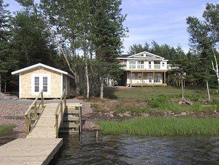 Romantische Landhaus-Villa an einem Meeresarm mit Bootssteg, Kayaks und Sauna