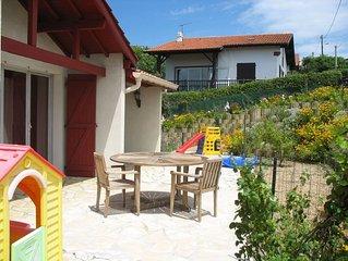 A PIED plage centre  900 m LIT BEBE etc quartier résidentiel