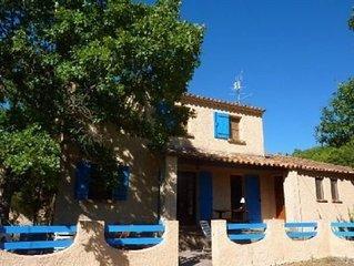 Tres agreable maison de vacances ensoleillee, vue exceptionnelle sur le Luberon
