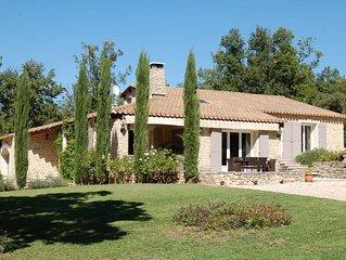 Luberon,maison de charme avec piscine privée, 3ch ,2SDB, vue,au calme, non isolé