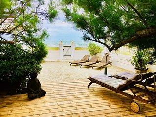 VILLA Arabo-Andalous située sur la Plage ! Avec plage privée ! Classée 4 étoiles