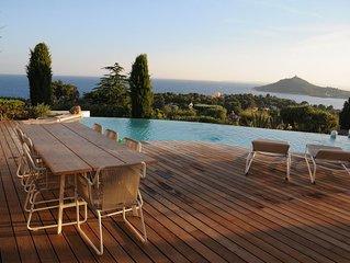 Villa avec une vue exceptionnelle sur la mer et la rade d'Agay