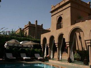 MARRACKECH -Targa luxueuse villa 8 pieces avec piscine privé, jardin