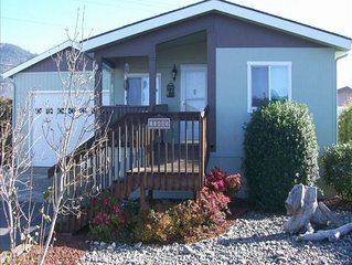 'R' Sounds of the Sea -Home with Rooftop Oceanview Patio - $145 nite(2 nite) min
