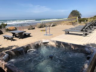 Direct Ocean Front REMODELED 6 bedroom, 4 bathroom. Hot tub , Views,