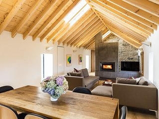 Swallow Cottage -   Luxuriously Designed Cottage in old Courtyard in Co Wicklo