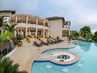 Luxury Villa/Ocean & golf view/Private pool & jacuzzi/Game Room/Grill/FreeWIFI