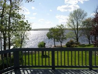 Lake Front Home with beautiful sunsets over Lake Wallenpaupack