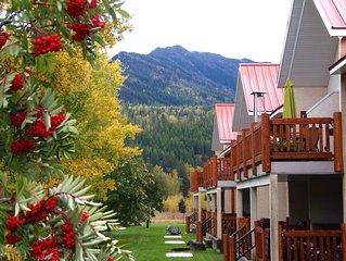 Splendid Mountain & Riverview Condo