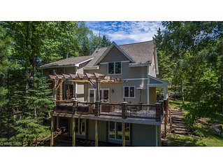 Gorgeous, Renovated Lakefront Lodge on the Whitefish Chain of Lakes