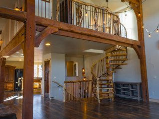 NEW Estate Home; Large Gatherings, Reunions, Weddings; Views; Privacy