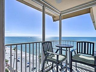 Beautiful and Spacious Beachfront Penthouse Near Venetian Village