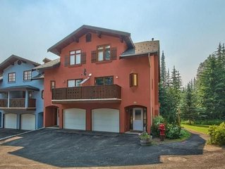 3 Bedroom 3 Bathroom Slope Side Snow Creek Village Townhouse