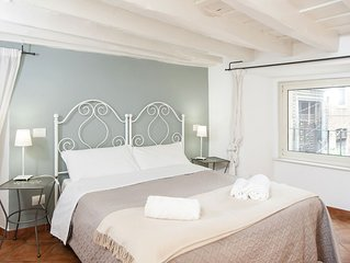 Cozy Apartment - Walking Distance from Navona and Vatican