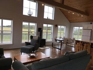 Oceanfront Beach Home.  Family Friendly Cottage In Sea View.
