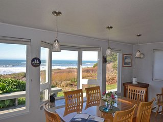 Available 10/4 BOOK this house ON THE BEACH w/private BEACH ACCESS and HOT TUB.