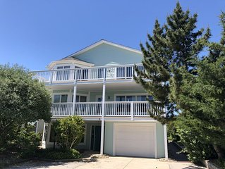 Large Family Getaway in Popular Cape Shores