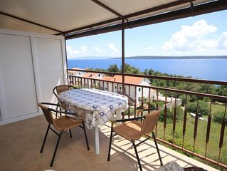One bedroom apartment with terrace and sea view Zavala (Hvar) (A-8784-b)