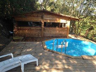 PROMO...Cabane avec  piscine classée 2 étoiles