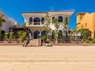 Villa super lujo de 5 habitaciones con playa privada en Palm Jumeirah