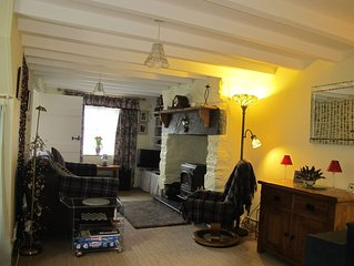 Noddfa - A romantic Snowdonia country cottage.