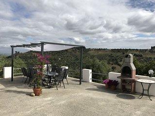 Pisticci -Matera.  Rustikt hus med en magnifik utsikt i olivlund