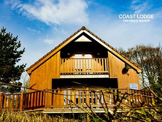 Coast Lodge -  a lodge that sleeps 6 guests  in 3 bedrooms