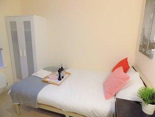 Sweet Double Bedroom ★ Walk to Uni of Warwick