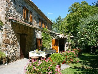 Wonderful private villa for 8 guests with WIFI, private pool, TV, pets allowed a