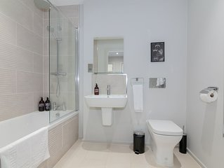 Lovely 1 bed city centre apartment - sleeps 4