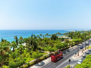 Panoramic Seaview Luxury 2 Bedroom Apartment'in Limassol
