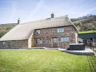 Beautifully Renovated Farmhouse With Stunning Views