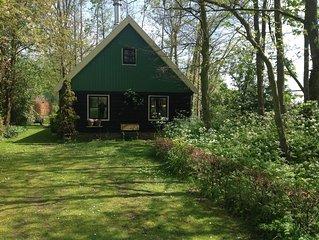 Een westfries huis bij het IJsselmeer en de Noordzee.