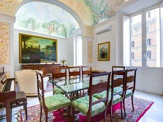 Large and charming flat near Termini