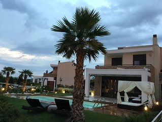 R152  Five stars villa with private pool.