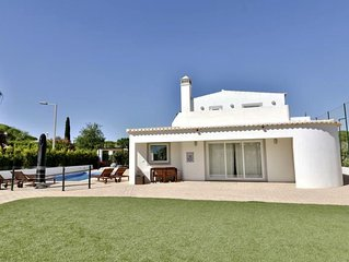 VdL 549 - Huge and stylish, 5-bedroom villa with private pool and enclosed groun