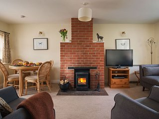 Owl Cottage is a recently converted 17th century stone barn at Champernhayes.
