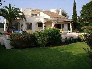 Beautiful 3-Bedroomed Villa With Large Private Pool Located In An Ideal Position