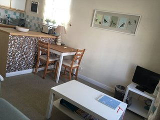 Sidmouth apartment perfect for beach and town