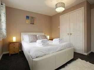 Close to Leeds city centre, with free parking and wifi included.