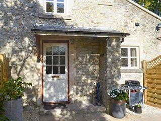 2 bedroom accommodation in Weston, near Bath