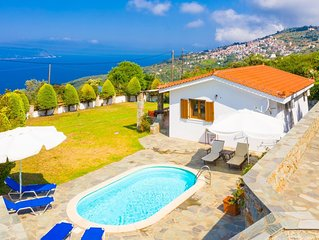 Villa Katerina: Private Pool, Sea Views, A/C, WiFi