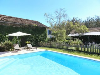 Contemporary Gîte with Solar-Heated Pool