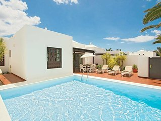 3 bedroom Villa within walking distance to amenities