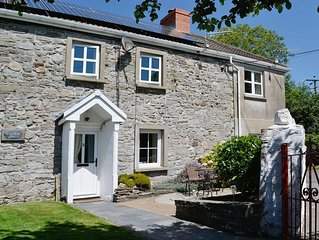 2 bedroom accommodation in Kidwelly
